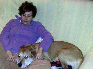 Teresa Romero Ramos and her dog